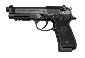 Beretta 96A1 with 3 magazines J9A4F10
